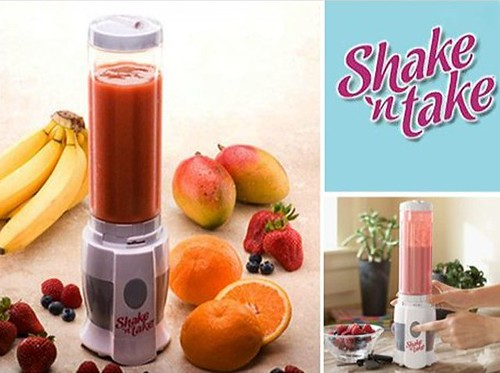 Shake n Take Mini Juice Blender Powerful 180 W Free 2 Smoothie Bottle G0060 Prado2u  (9)-001