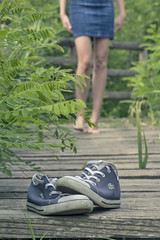 Passi (Marty085) Tags: feet walking freedom shoes legs steps free campagna lacoste scarpe gambe camminare canon600d