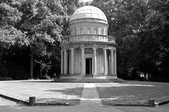 Mausoleum (michael_hamburg69) Tags: friedhof cemetery germany deutschland hessen frankfurt mausoleum frankfurtammain hesse cimetière ffm 1828 hauptfriedhoffrankfurt frankfurterhauptfriedhof cimetièreprincipaldefrancfort grabmalvongans