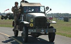 GMC (baffalie) Tags: auto expo camion militaire avion aquitaine gironde