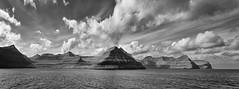 Färöer (a.penny) Tags: panorama clouds fuji wolken finepix fujifilm x10 apenny färöer