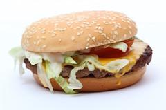 Hamburger (Tim Reckmann | a59.de) Tags: burger royal mcdonalds hamburger ts tomate fleisch fett ungesund fastbood