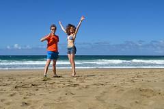 more jumping! (malinowy) Tags: winter vacation portrait cliff beach hawaii coast nikon holidays hiking path hike cliffs trail kauai hi nikkor kalalau zima napali 1870 sylwia wakacje hanakapiai hawaiianislands szlak kalalautrail malinowy d7000 hanakāpīʻai malinowynet
