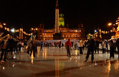 Image titled Ice Skaters George Square 2002
