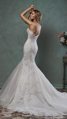 amelia-sposa-2016-wedding-dresses-strapless-scallop-sweethea by frankenhof -
