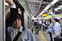 Squashing at Shinjuku Station (Thorsten Reiprich) Tags: city morning summer people urban man travelling station japan asia traffic capital crowd transport platform peak rush hour   kanto yamanote tokio honshu