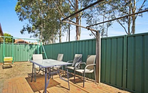 2/4 Justine Parade, Rutherford NSW