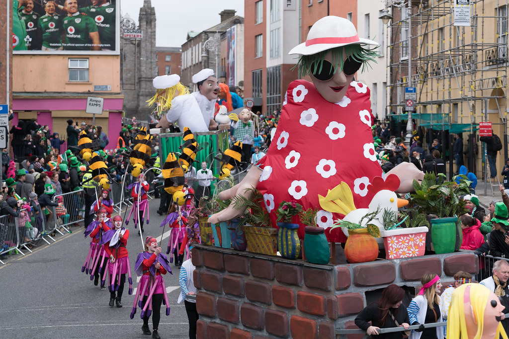 DOWTCHA PUPPETS FROM CORK [DUBLIN PATRICKS DAY PARADE 2017]-125994