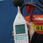 Meting na het plaatsen van de geluidreducerende omkasting (78,1 dB)