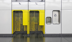 Vienna Subway Phone Box (CoolMcFlash) Tags: phone station phonebooth vienna austria yellow white canon eos 60d nobody telefon telefonzelle wien gelb weis fotografie photography ubahn subway urban city stadt citylife public tamron b008 18270 simplicity einfachheit