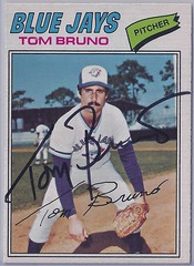 1977 O-Pee-Chee - Tom Bruno #32 (Jays 26th pick in the 1976 expansion draft) - (this card was not issued in the 1977 Topps set) - Autographed Baseball Card (WhiteRockPier) Tags: baseball card signed autographed torontobluejays opc opeechee