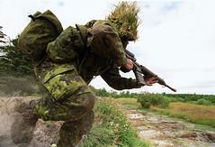 Militærøvelse (Jahoa12) Tags: militær våben rekrut gevær menig militærøvelse