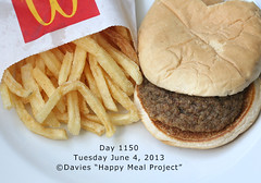 Day 1150 (sally davies photo) Tags: mcdonaldshappymeal day1150 sallydavies davieshappymealproject