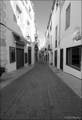 Terraza (Jose Gimenez Fotografía) Tags: travel sea summer beach architecture atardecer mar arquitectura village pueblo playa viajes rincones verano urbana catalunya turismo sitges pueblos