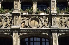 Rouen, bureau des Finances (Ytierny) Tags: france architecture place bureau style rouen normandie flamboyant renaissance gothique finance seinemaritime pierredetaille rollon pilastre hautenormandie candlabre rouennais angelot vieuxrouen valledelaseine ytierny
