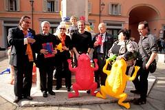 Il Comitato per il restauro del portico di San Luca... ranizzato! (Un passo per San Luca) Tags: bologna porticodisanluca crackingartgroup