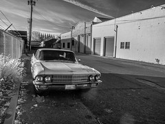 plenty of free parking (Robert Couse-Baker) Tags: voiture cadillac sacramento automoble northofdowntown