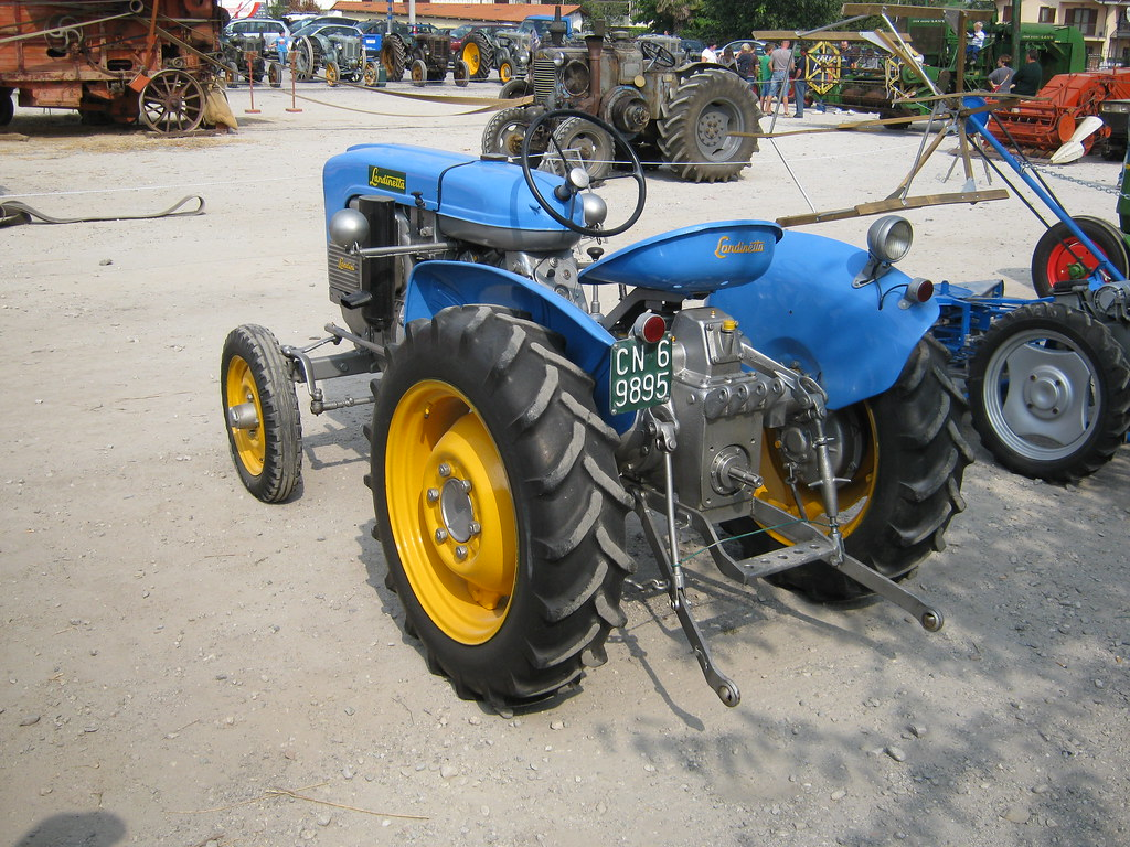 The world 39 s best photos of fiera and landini flickr hive for Rimorchio agricolo piemonte