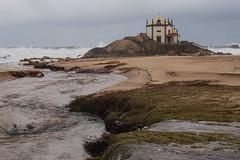 Senhor da Pedra - Explore #162 (08.02.2014) (Antnio Sardinha) Tags: portugal rio mar areia miramar templo granja vilanovadegaia senhordapedra pago