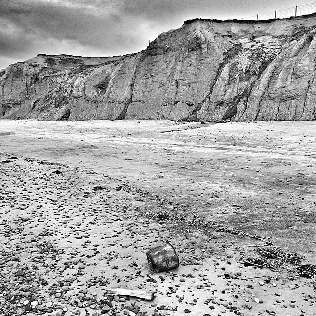 Porth Neigwl #beach #cymru #wales #cliffs #geology #surreal42 #blackandwhite