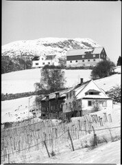 Hatlevoll, Ornes (holtelars) Tags: pentax 645 645n 6x45 film ilford fp4 norway winter 200mm f40 analog analogue landscape architecture blackandwhite filmphotography farm pentax645 classicblackwhite fp4plus smcpentaxfa larsholte filmforever mediumformat monochrome bw id11 homeprocessing 120 120film