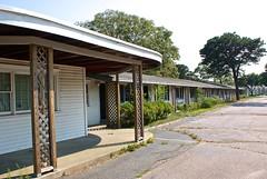 Cavalier Motor Lodge (D. Brigham) Tags: capecod massachusetts motel yarmouth motorlodge motorhotel cavaliermotorlodge