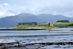 Castle Stalker (Grisley Two) Tags: mountains island scotland highland loch a200