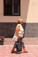 walking (solo2006) Tags: delete10 delete9 delete5 delete2 delete6 delete7 delete8 delete3 delete4 elete