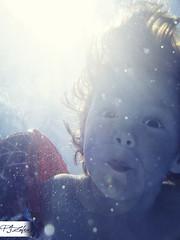 . (Paco Jareo Zafra) Tags: water kids agua underwater bajo under diego el nio nada bucear