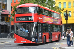 Metroline LT34 LTZ1034 (Will Swain) Tags: england bus london buses square south trafalgar september southern 3rd metroline 2013 lt34 ltz1034