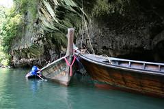 Phang Nga Bay, Thailand (enjosmith) Tags: blue brown green thailand boats ribbon phangngabay