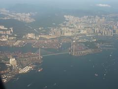 201311113 CX743 HKG-RUH Hong Kong harbour (taigatrommelchen) Tags: ocean china city bridge building airplane hongkong coast photo inflight view harbour icon aerial kowloon cpa 20131147