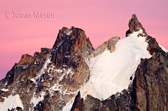 Aiguille du Plan (Chamonix - Mont Blanc ) _DSC1760  esf c ma (tomas meson) Tags: mountain mountains alps nature montagne alpes nieve monte montaña chamonix mont bianco blanc hielo escalada montblanc vallée aiguillesdechamonix massifdumontblanc tomasmeson lamerdegace