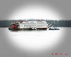 River boat. (arti370) Tags: bar boat paddle riverboat wheelfloatcruiseriverwatersandsand
