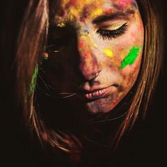Souffre-couleur (Christine Lebrasseur) Tags: street portrait people woman brown france colour green art texture 6x6 yellow canon paint bordeaux spot teenager holi fr onblack gironde 500x500 léane allrightsreservedchristinelebrasseur dreamcolorstimebordeaux