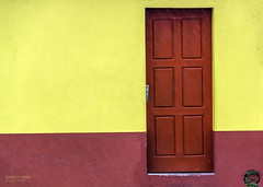 Colors (Paulo Veiga Photo) Tags: door red colors yellow wall composition paint tint minimal paulo veiga aveiro mimimalism 2013 portografia