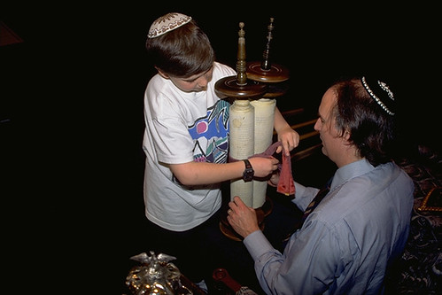 Torah: Covenant and Constitution | The Pluralism Project