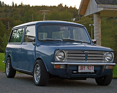 0007411 (Shakies Buddy) Tags: old canada car antique mini nb restored 300views 1978 clubman allrightsreserved nbphoto