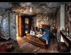 La chambre du boucher (Delpro-Photographie) Tags: abandoned canon 7d hdr urbex abandonn 3raw samyang8mm delpro photographeamateurnormand lamaisonduboucher