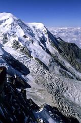 Chamonix-Mont-Blanc, glacier des Bossons (Ytierny) Tags: panorama france vertical montagne terrasse glacier neige midi chamonix montblanc alpinisme cime hautesavoie sommet aiguille bossons nv massifdumontblanc alpesdunord ytierny