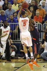 Scottie Wilbekin (dbadair) Tags: basketball war university eagle florida gators auburn tigers sec uf 2014