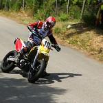 Stéphane Cousin en travers avec sa Suzuki 450 thumbnail