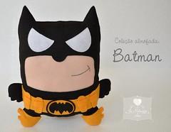 Almofada Batman. (Jo Matarazzo Ateliê) Tags: craft felt batman feltro decoração almofada presente personagem superherói batmanfeltro batmanfelt superheróifeltro