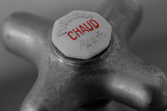 Faucet (Stefan Williner Photography) Tags: white black color detail macro canon bathroom photography bath 100mm stefan faucet chateau farbe 6d markro williner