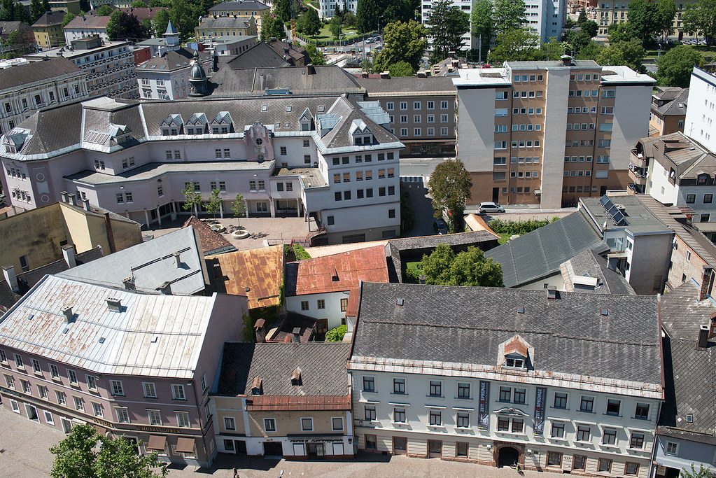 фото: Roofs of Villach #1