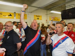 Crystal Palace fans at Norwich (Paul-M-Wright) Tags: road city beer football crystal drink saturday august palace norwich match fans colonel premier league rodney supporters walsh 08 versus 2015 cpfc carrow ncfc kirtoneagle