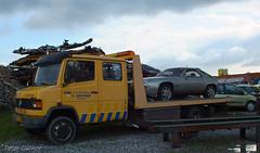 Mercedes-Benz 814D & Porsche 928 (peterolthof) Tags: hoogkerk peterolthof mercedesbenz 814d porsche 928