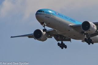 Boeing 777-FB5 HL8044