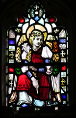 angel with the Blessed Virgin's lily by Hugh Arnold (1910) (Simon_K) Tags: nethergate saxlingham