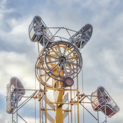 Fair Ride (stephencurtin) Tags: california county sky color vertical metal wire machine fair el photograph baskets suspended placerville pulley hdr dorado riders thechallengefactory